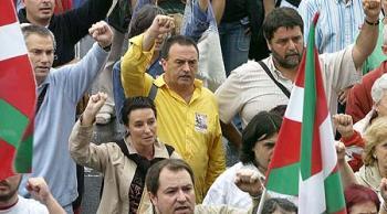 Διαδήλωση του Μπατασούνα - Δεξιά διακρίνεται ο Ζ. Αλβάρεζ