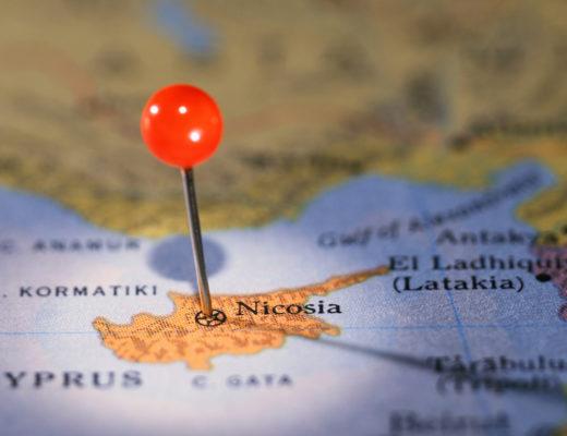 Αφιέρωμα: Στο στόχαστρο η Κυπριακή Δημοκρατία